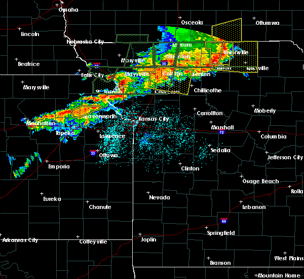 Radar Image for Severe Thunderstorms near Kidder, MO at 6/11/2015 8:10 PM CDT