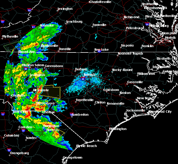 Radar Image for Severe Thunderstorms near Pinehurst, NC at 5/4/2019 6:14 PM EDT