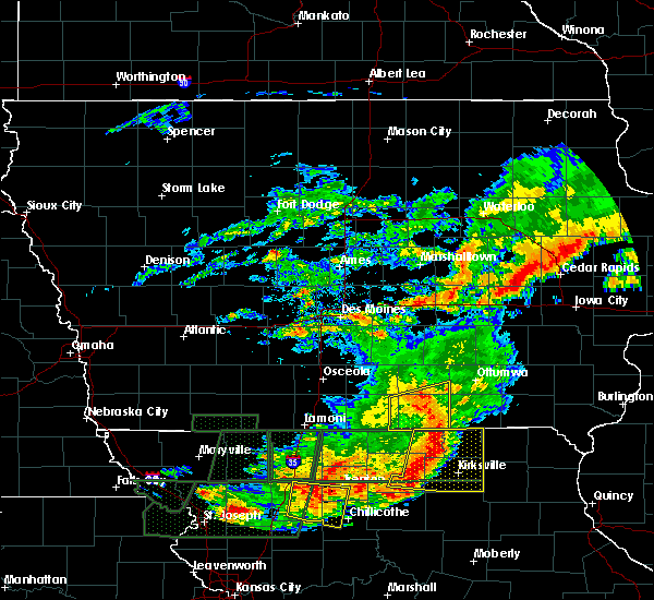 Radar Image for Severe Thunderstorms near Centerville, IA at 6/11/2015 8:26 PM CDT