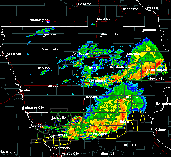 Radar Image for Severe Thunderstorms near Agency, IA at 6/11/2015 8:57 PM CDT