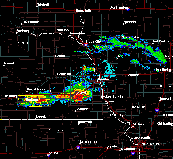Radar Image for Severe Thunderstorms near Woodland Hills, NE at 5/5/2019 6:09 PM CDT
