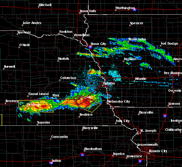 Radar Image for Severe Thunderstorms near Woodland Hills, NE at 5/5/2019 6:20 PM CDT
