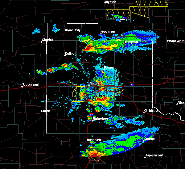 Radar Image for Severe Thunderstorms near Amarillo, TX at 5/5/2019 6:29 PM CDT