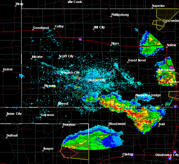 Radar Image for Severe Thunderstorms near Protection, KS at 5/5/2019 9:10 PM CDT
