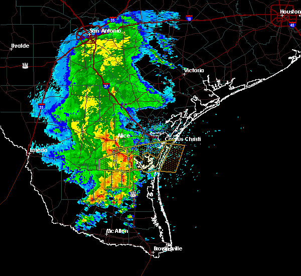 Radar Image for Severe Thunderstorms near Corpus Christi, TX at 5/6/2019 11:53 AM CDT