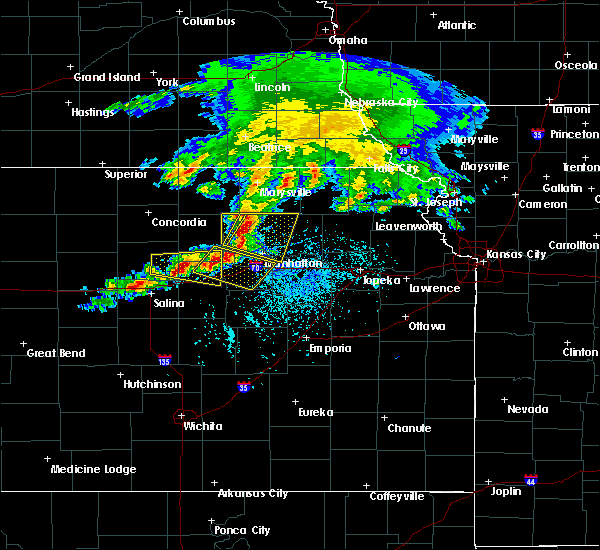 Radar Image for Severe Thunderstorms near Manchester, KS at 5/6/2019 5:00 PM CDT