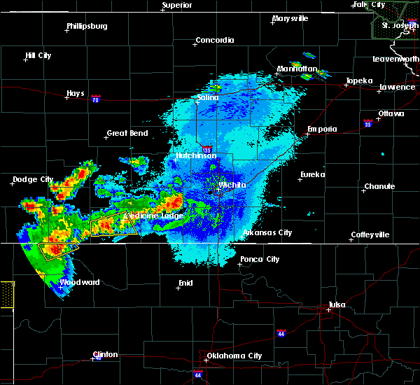 Radar Image for Severe Thunderstorms near Wellington, KS at 6/11/2015 10:12 PM CDT