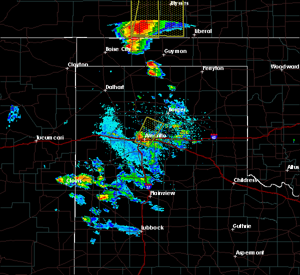 Radar Image for Severe Thunderstorms near Amarillo, TX at 5/6/2019 8:17 PM CDT