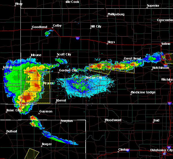 Radar Image for Severe Thunderstorms near Jetmore, KS at 5/6/2019 8:24 PM CDT