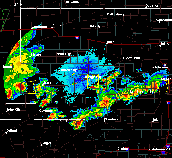 Radar Image for Severe Thunderstorms near Greensburg, KS at 6/11/2015 10:27 PM CDT
