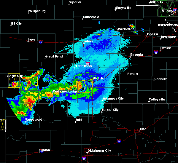 Radar Image for Severe Thunderstorms near Wellington, KS at 6/11/2015 10:31 PM CDT
