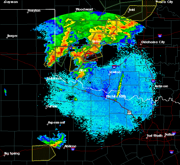 Radar Image for Severe Thunderstorms near Rocky, OK at 5/7/2019 11:35 PM CDT
