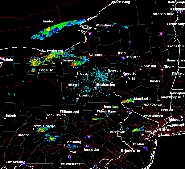 Radar Image for Severe Thunderstorms near Auburn, NY at 6/12/2015 3:02 PM EDT