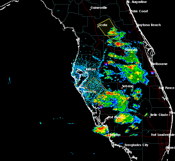 Radar Image for Severe Thunderstorms near Riverview, FL at 6/12/2015 4:02 PM EDT