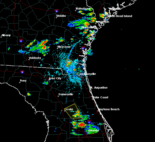 Radar Image for Severe Thunderstorms near Silver Springs Shores, FL at 6/12/2015 4:06 PM EDT
