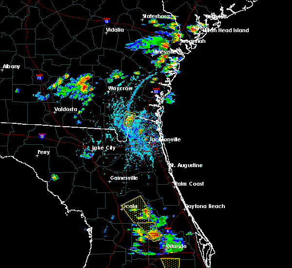 Radar Image for Severe Thunderstorms near Silver Springs Shores, FL at 6/12/2015 4:13 PM EDT
