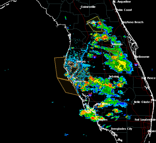 Radar Image for Severe Thunderstorms near Riverview, FL at 6/12/2015 4:25 PM EDT