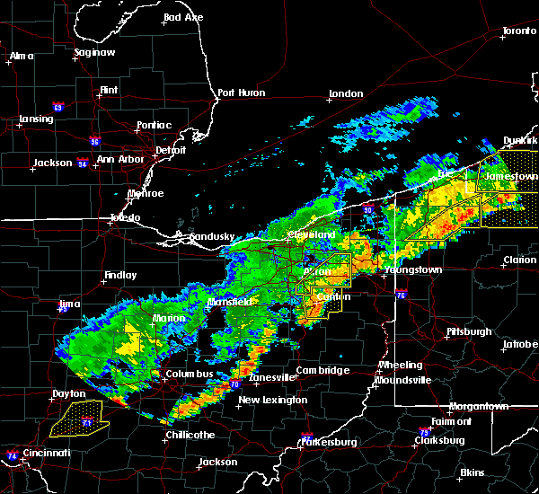 Radar Image for Severe Thunderstorms near Meyers Lake, OH at 6/12/2015 4:32 PM EDT