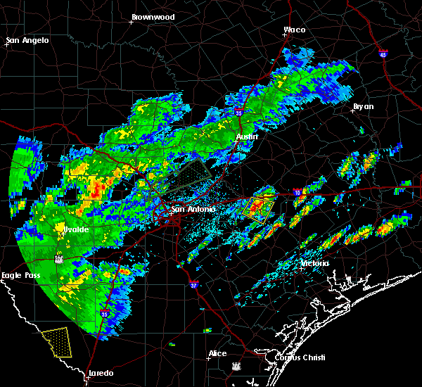 Radar Image for Severe Thunderstorms near Gonzales, TX at 5/9/2019 5:53 PM CDT