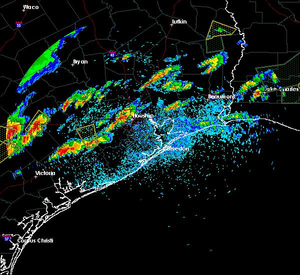 Radar Image for Severe Thunderstorms near Wharton, TX at 5/9/2019 6:27 PM CDT
