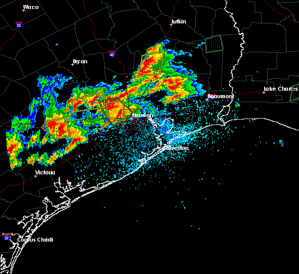 Radar Image for Severe Thunderstorms near Cape Royale, TX at 5/9/2019 7:42 PM CDT