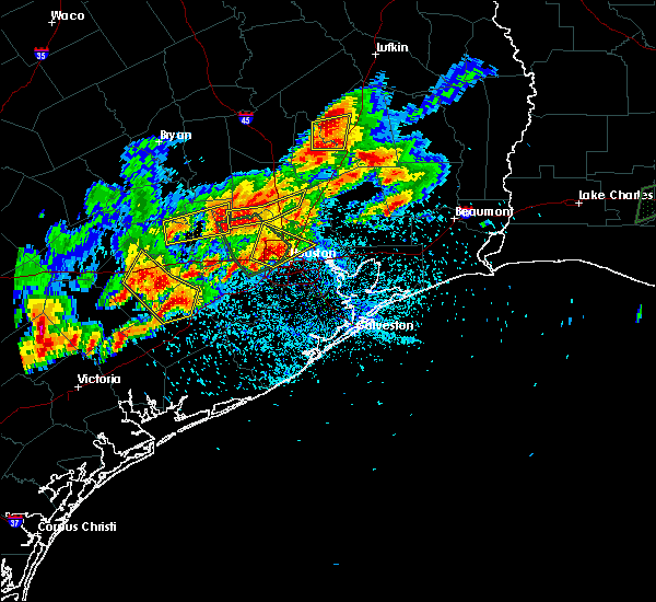 Radar Image for Severe Thunderstorms near Cape Royale, TX at 5/9/2019 8:06 PM CDT