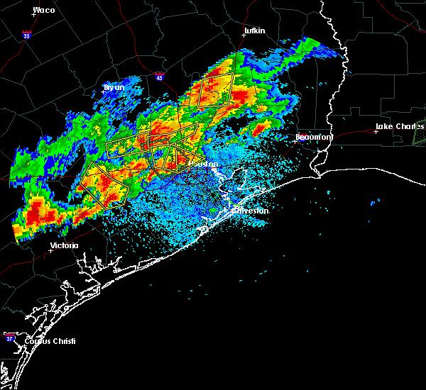 Radar Image for Severe Thunderstorms near Houston, TX at 5/9/2019 8:16 PM CDT