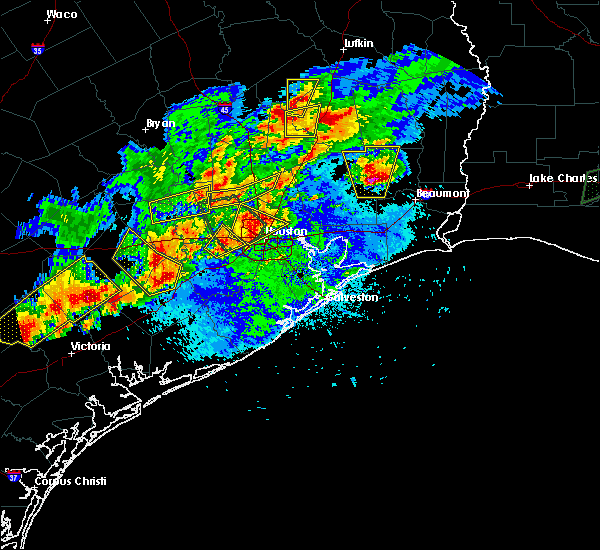 Radar Image for Severe Thunderstorms near Corrigan, TX at 5/9/2019 8:35 PM CDT
