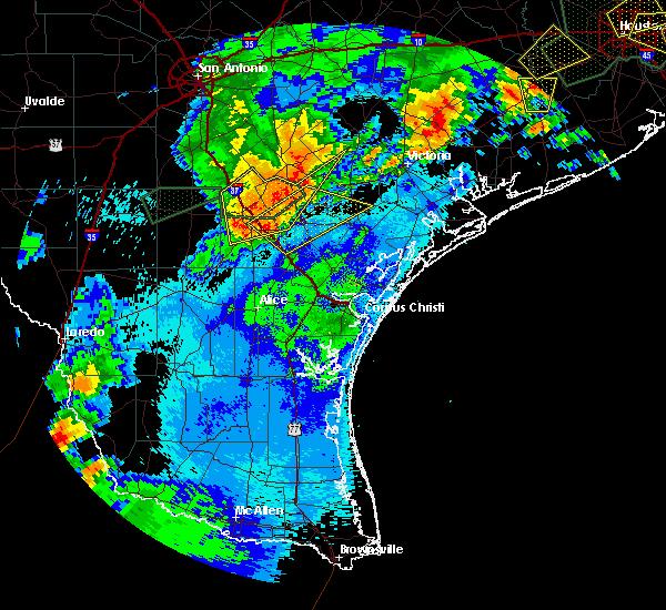 Radar Image for Severe Thunderstorms near Pettus, TX at 5/9/2019 9:57 PM CDT