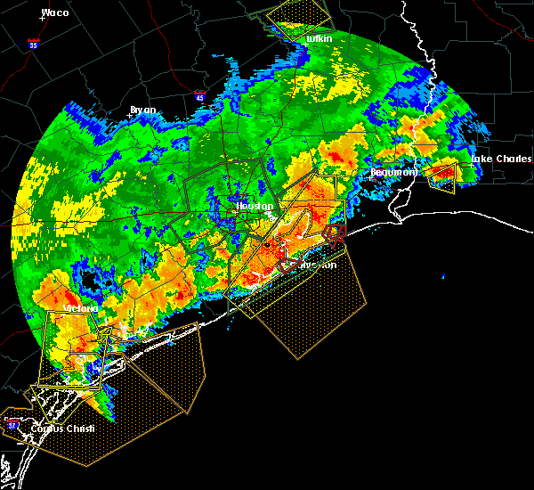 Radar Image for Severe Thunderstorms near Bolivar Peninsula, TX at 5/9/2019 11:39 PM CDT