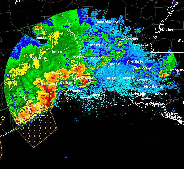 Radar Image for Severe Thunderstorms near Lake Charles, LA at 5/10/2019 12:05 AM CDT
