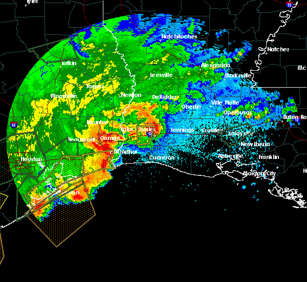 Radar Image for Severe Thunderstorms near Lake Charles, LA at 5/10/2019 12:50 AM CDT