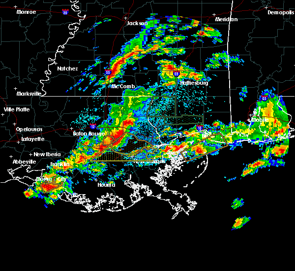 Radar Image for Severe Thunderstorms near South Vacherie, LA at 5/12/2019 4:13 AM CDT