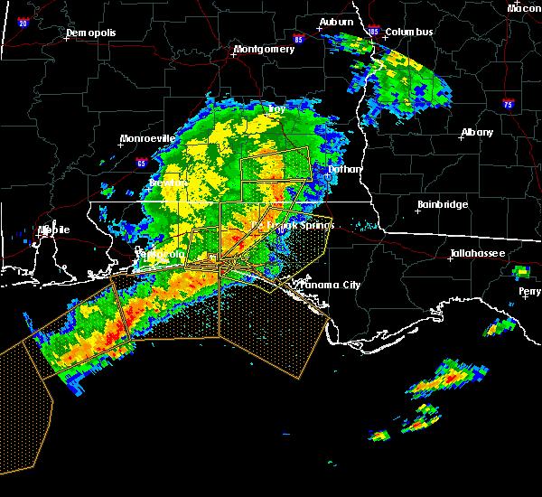 Radar Image for Severe Thunderstorms near Ponce de Leon, FL at 5/12/2019 10:01 AM CDT