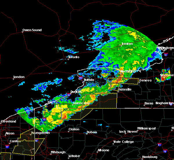 Radar Image for Severe Thunderstorms near Clarendon, PA at 6/12/2015 5:05 PM EDT