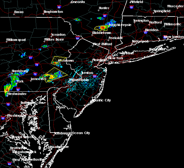 Radar Image for Severe Thunderstorms near Bally, PA at 6/12/2015 5:13 PM EDT