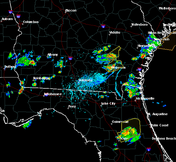 Radar Image for Severe Thunderstorms near Baxley, GA at 6/12/2015 5:15 PM EDT