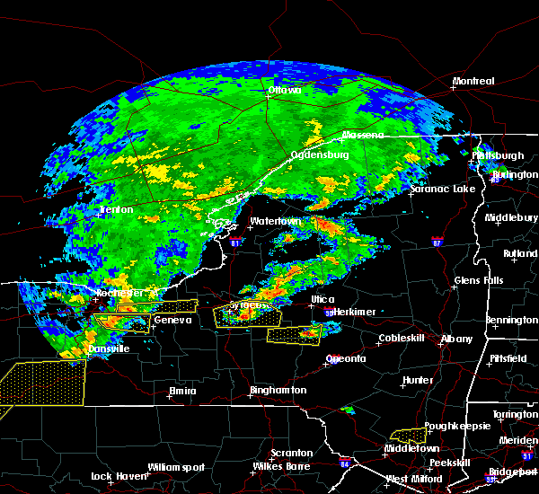 Radar Image for Severe Thunderstorms near Savannah, NY at 6/12/2015 5:23 PM EDT