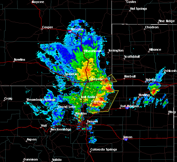 Radar Image for Severe Thunderstorms near Pine Bluffs, WY at 5/17/2019 3:02 PM MDT