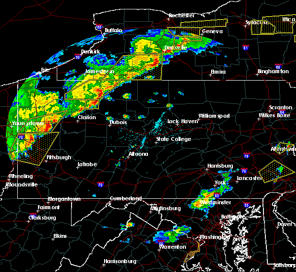 Radar Image for Severe Thunderstorms near Marienville, PA at 6/12/2015 5:40 PM EDT