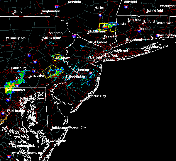 Radar Image for Severe Thunderstorms near Mountain Lake, NJ at 6/12/2015 5:44 PM EDT