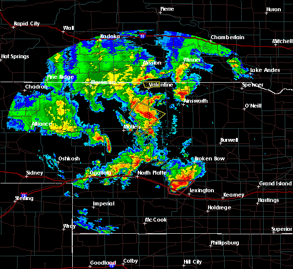 Radar Image for Severe Thunderstorms near Cozad, NE at 5/17/2019 8:15 PM CDT