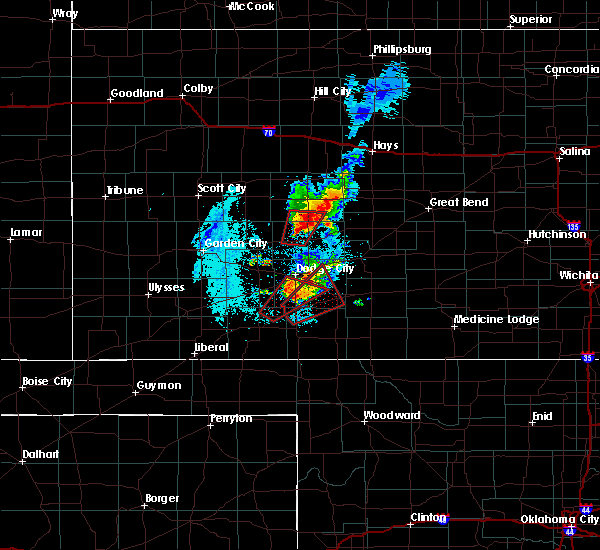 Radar Image for Severe Thunderstorms near Jetmore, KS at 5/17/2019 9:10 PM CDT