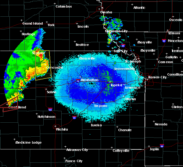 Radar Image for Severe Thunderstorms near Washington, KS at 5/17/2019 11:36 PM CDT