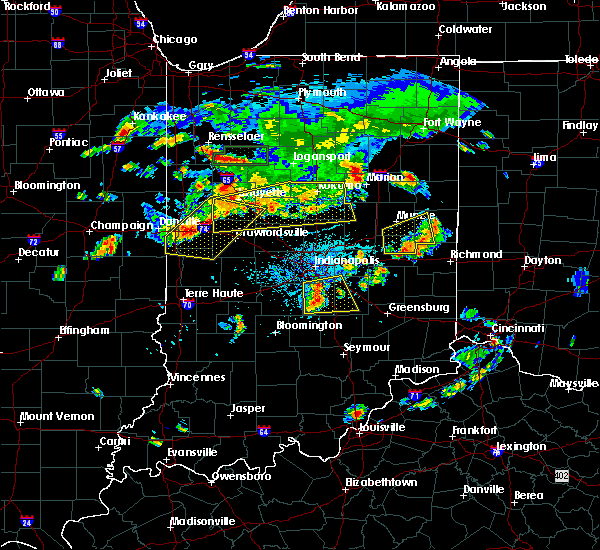 Radar Image for Severe Thunderstorms near Fairland, IN at 6/12/2015 6:04 PM EDT