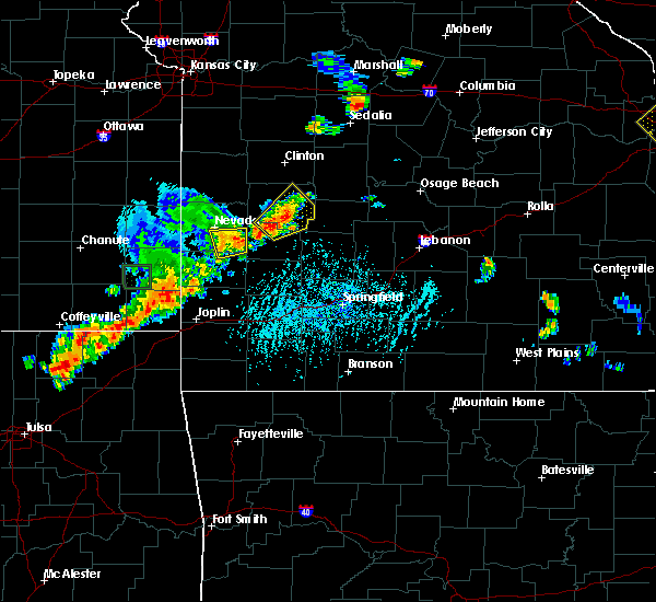 Radar Image for Severe Thunderstorms near Gerster, MO at 6/12/2015 5:07 PM CDT