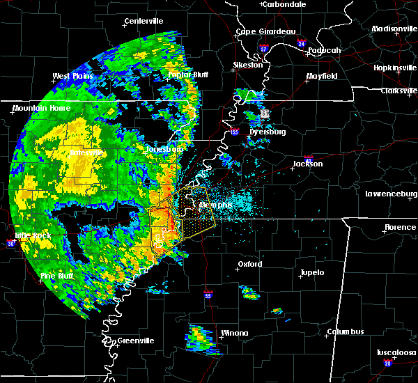 Radar Image for Severe Thunderstorms near West Memphis, AR at 5/18/2019 8:03 PM CDT