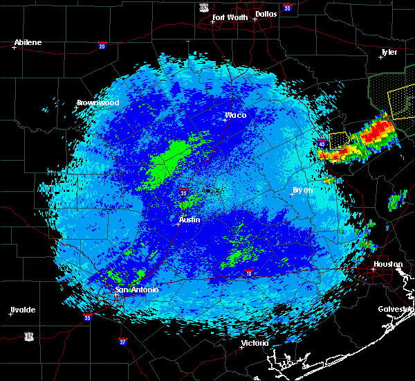 Radar Image for Severe Thunderstorms near Crockett, TX at 5/18/2019 11:30 PM CDT