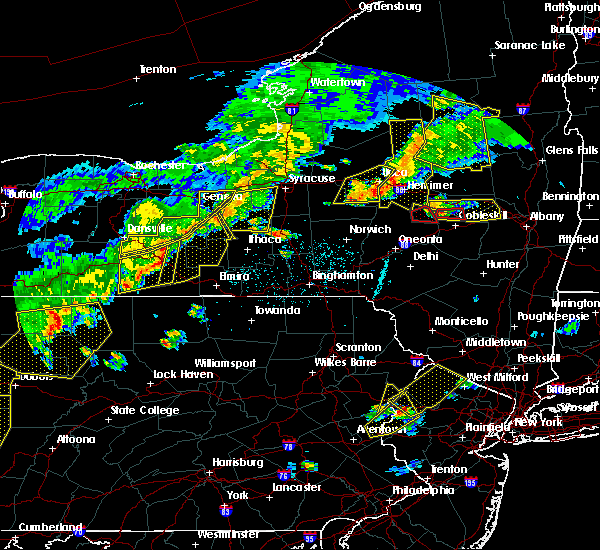 Radar Image for Severe Thunderstorms near Auburn, NY at 6/12/2015 6:28 PM EDT