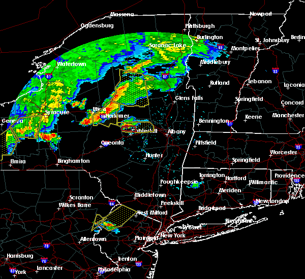 Radar Image for Severe Thunderstorms near Herkimer, NY at 6/12/2015 6:32 PM EDT